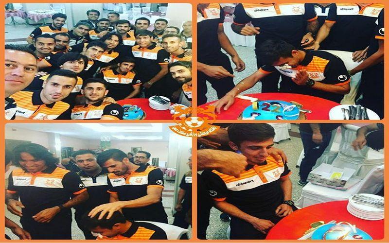 تولد سعید صادقی در اردوی مس/کیک مالی پیش از بازی
