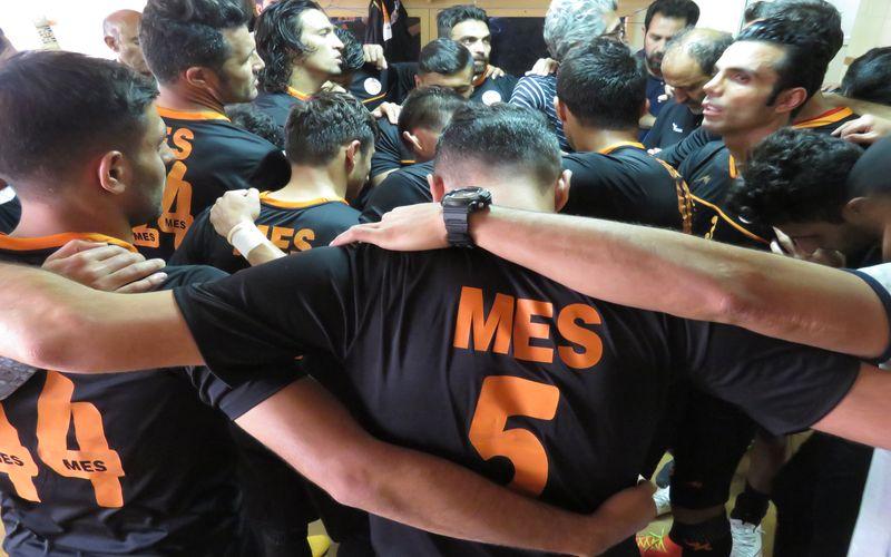 مربی فوتبال مس: از شرافتمان مایه میگذاریم