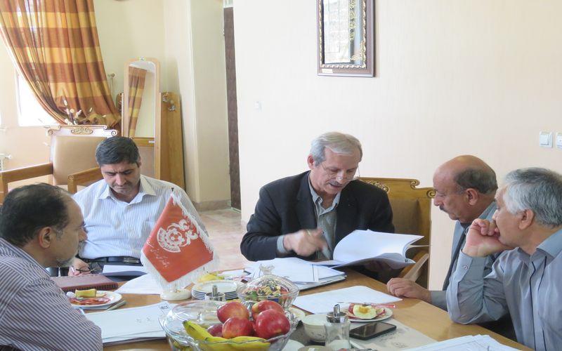 حضور هوشنگ نصیرزاده در باشگاه مس برای مشاوره در امور قراردادی و داوری