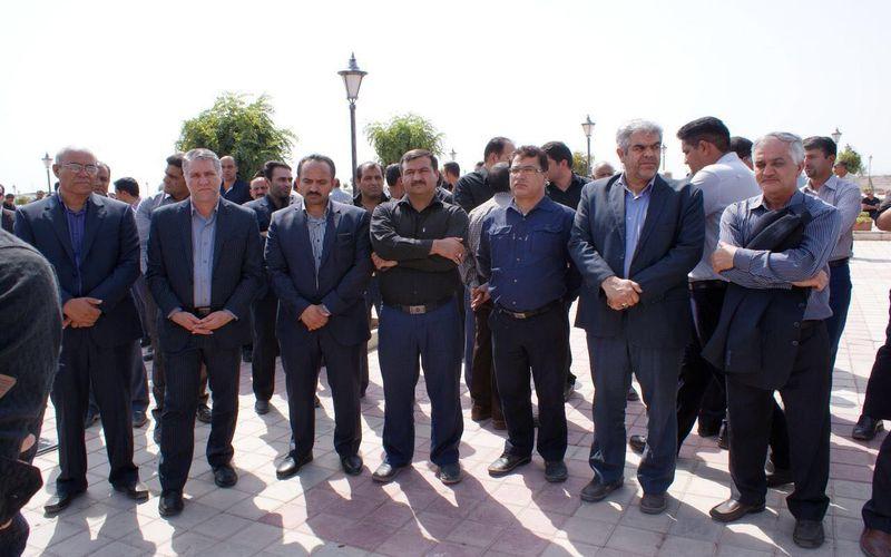 حضور مدیر عامل باشگاه مس در مراسم خاکسپاری حسین منصوری