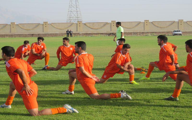 آغاز اردوی تیم فوتبال مس در کرج