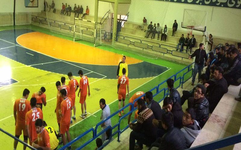 پیروزی مقتدرانه هندبال مس و شکست بسکتبال و نونهالان/برنامه امروز و فردا مسیها