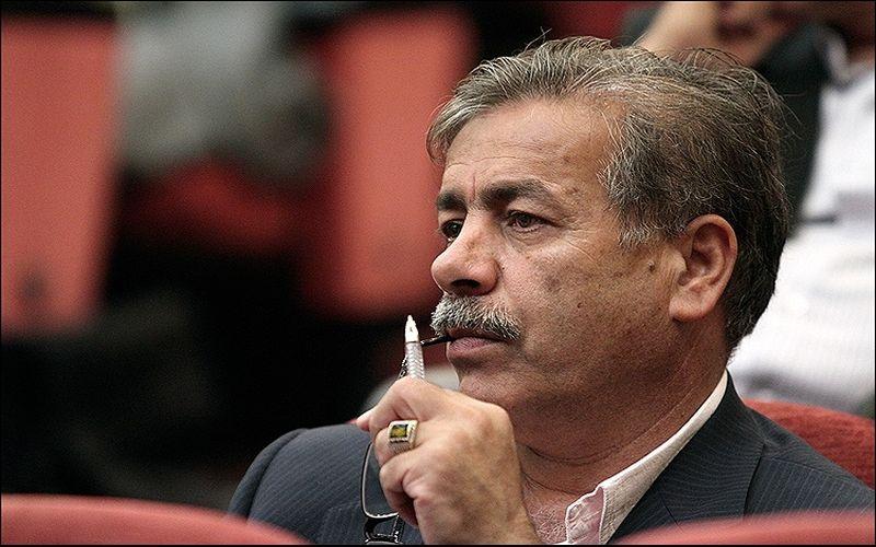 تاکید سرمربی مس کرمان به اتخاذ تصمیمات جمعی در باشگاه مس