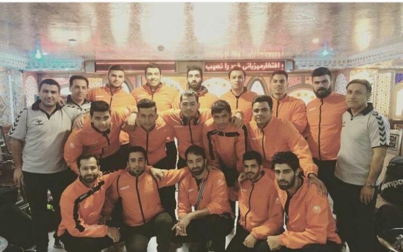 تساوی با ارزش هندبالیستهای مس در اصفهان و شکست بسکتبالیستها در میناب