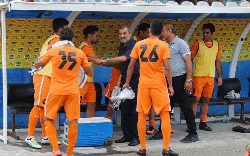 نگاهی به بازیهای هفته بیست پنجم لیگ یک/مصاف مربیان سابق تیم ملی در کرمان