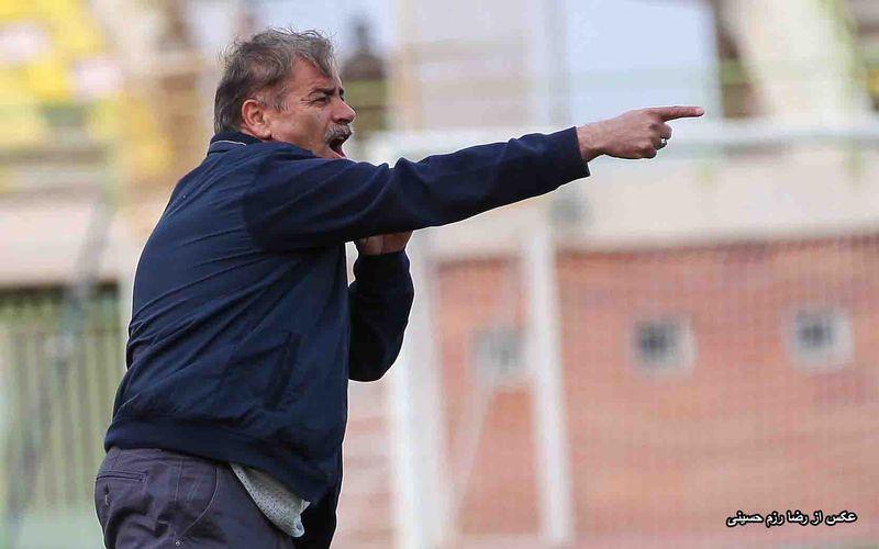 سرمربی مس کرمان: تیم ما با توجه به جایگاهش و هوادارنش حق دارد به صعود فکر کند