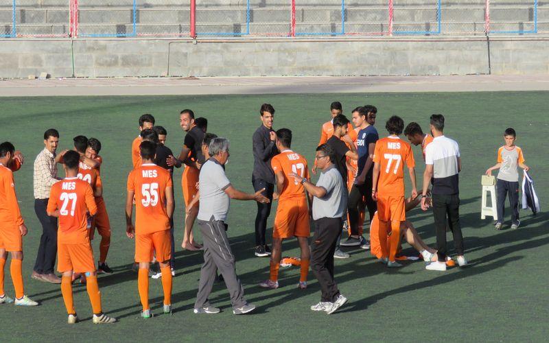 با پیروزی شیرین در تهران/مس ب جواز صعود خود به لیگ دو را تنظیم کرد