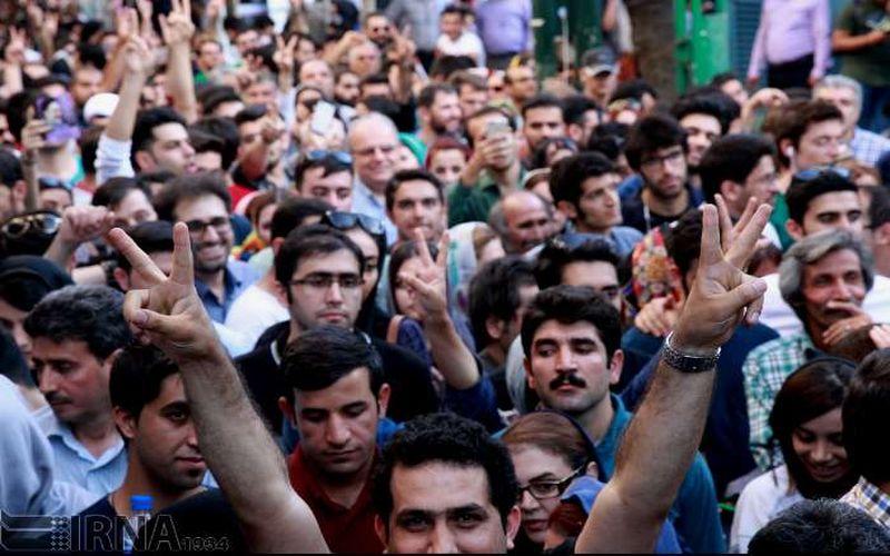 مبارک باد سرافرازی ایران و ایرانی/ مردم به نفع هیچ کسی کنار نکشیدند!