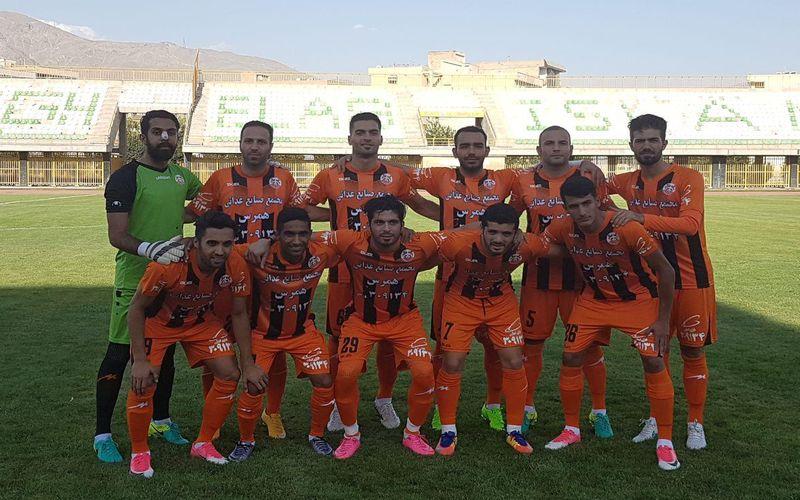 تیم فوتبال مس کرمان در یک بازی دوستانه موفق شد تیم فوتبال اکسین البرز را با یک گل شکست دهد.