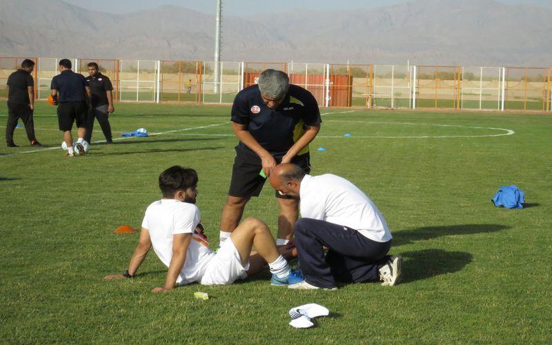 دوری 5 ماهه حسین تهامی از میادین مسابقه
