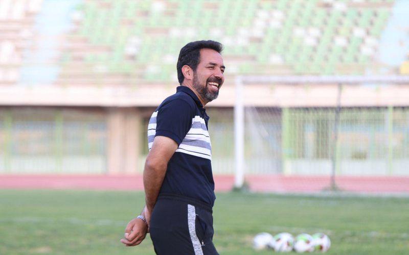 سرمربی تیم فوتبال مس: پیروزیهای شیرین در راه است