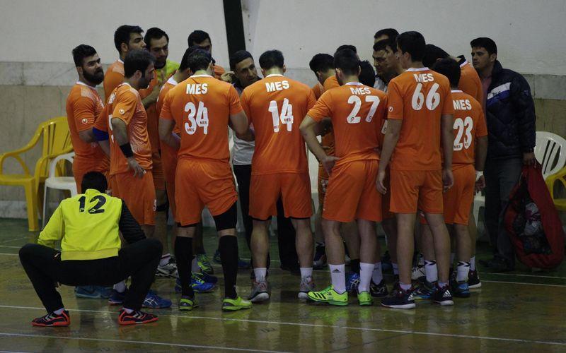 پیگیری تمرینات تیم هندبال مس زیر نظر محمد موسوی