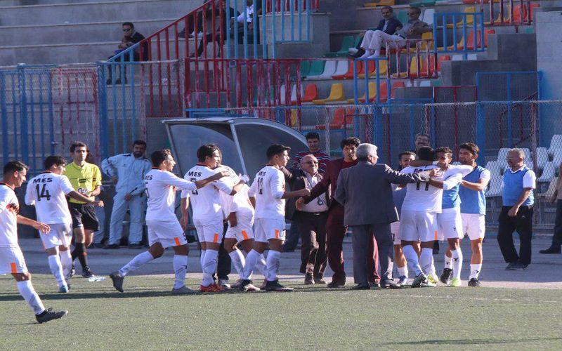 گزارش تصویری بازی مس ب و شاهین بوشهر