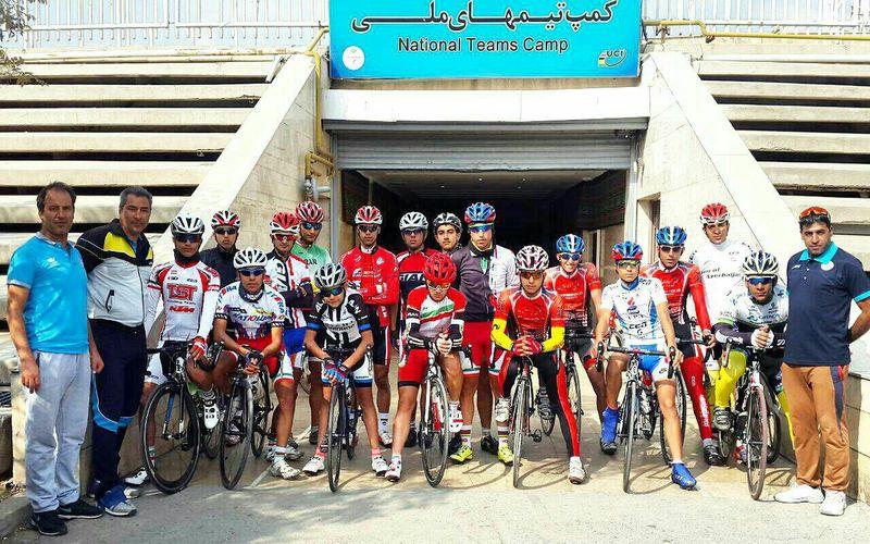 مربی و دو رکابزن مس در تیم ملی دوچرخهسواری جوانان