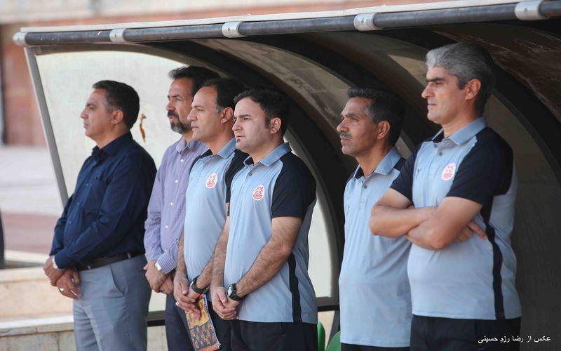 مربی تیم فوتبال مس: بازیکنان مس مشکل روحی داشتند