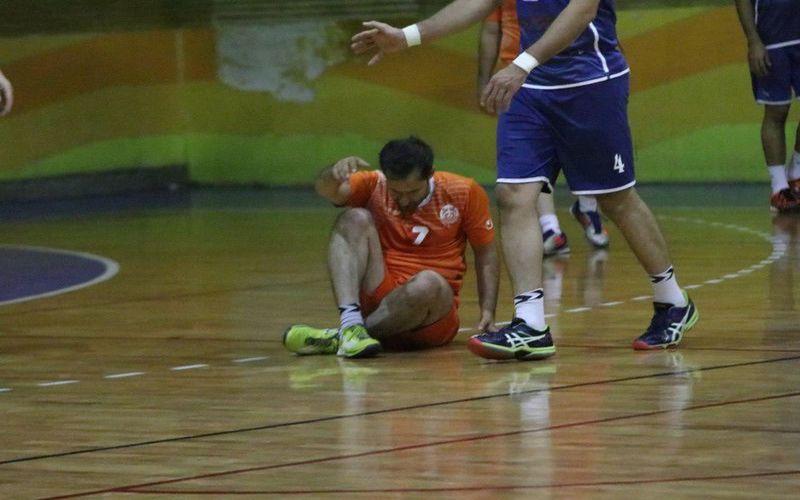 شکست هندبال مس در کرمان و تعویق بازی بسکتبال مس