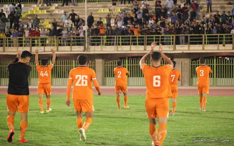 خروجی روشن برنامه عصر ورزش: حمایت قاطع از احمد نخعی و شاگردانش در کرمان