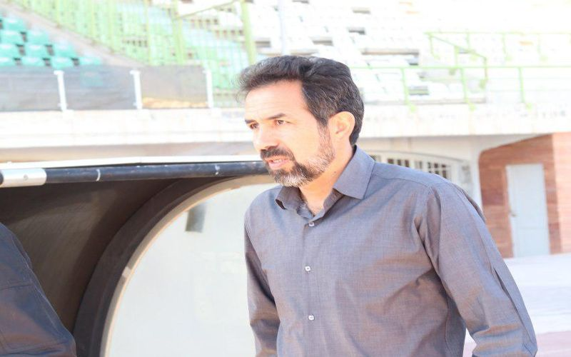 استعفای احمد نخعی در کنفرانس بعد از بازی
