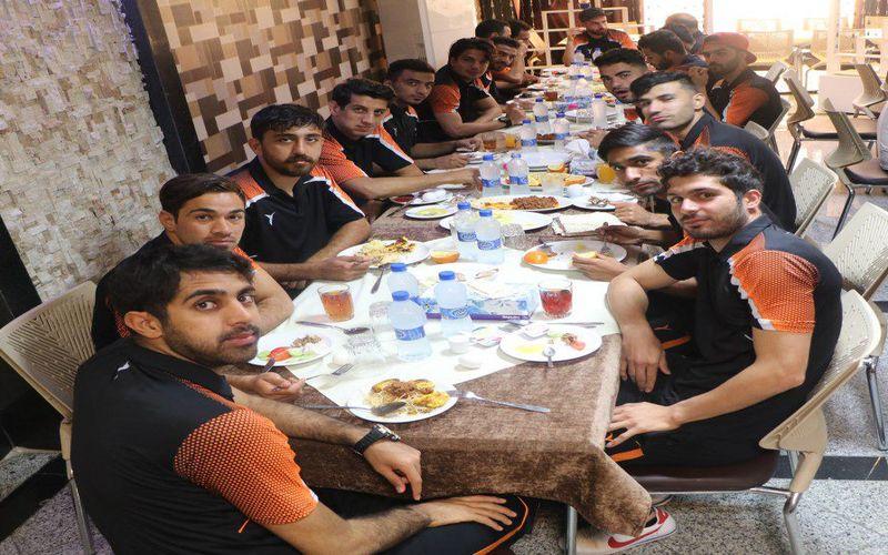 آخرین وضعیت تیم مس در شیراز/پخش مستقیم بازی از شبکه استانی فارس