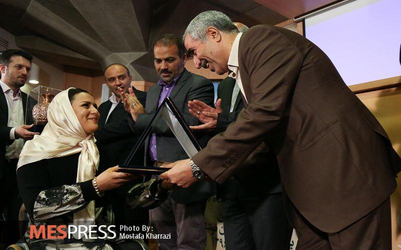 بانوی ورزشکار مس کرمان بهترین کماندار معلول جهان شد/یک خواهرانه ناآرام