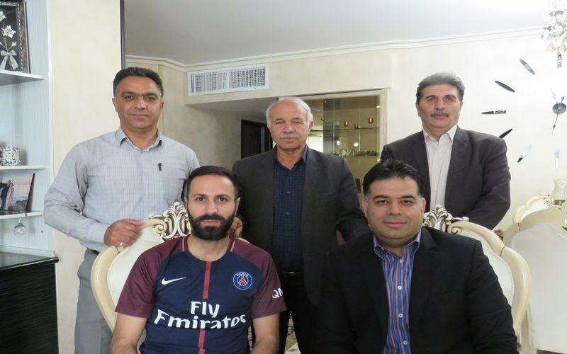 عیادت مدیرعامل و مقامات باشگاه مس از فرهاد سالاری