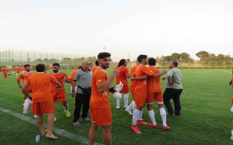 تساوی تیم فوتبال مس در بازی تدارکاتی برابر پارس جم(گزارش تصویری)