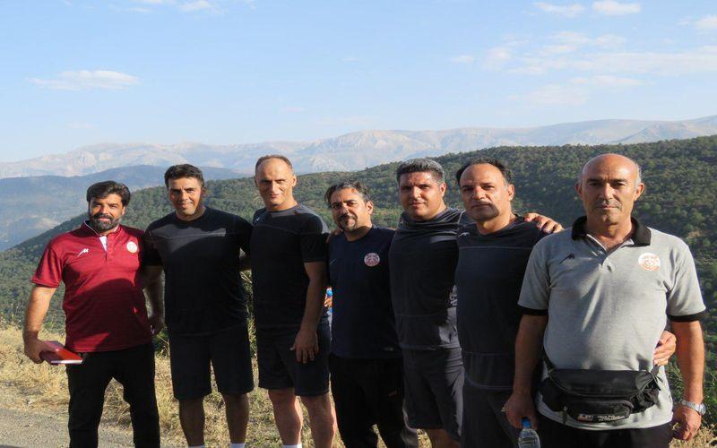 سرپرست تیم فوتبال مس: بازیکنان تیم برای تست پزشکی به ایفمارک میروند