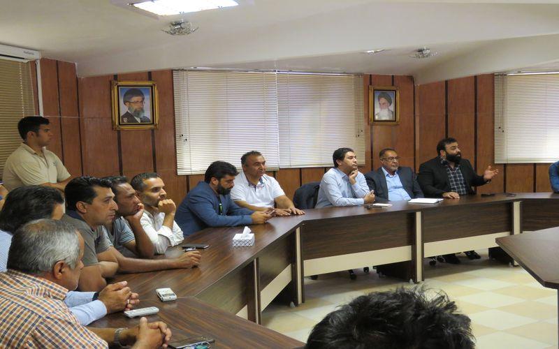 نشست مدیران باشگاه مس کرمان با برخی از هواداران تیم