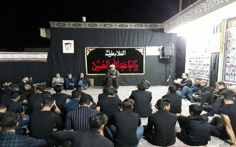 سوگواری عاشقان اباعبدالله حسین(ع) در منزل سرپرست باشگاه مس
