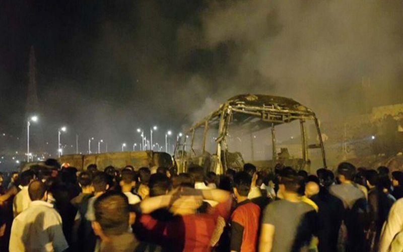 به احترام جانباختگان سانحه تصادف تهران به کرمان یک دقیقه سکوت در بازی امروز