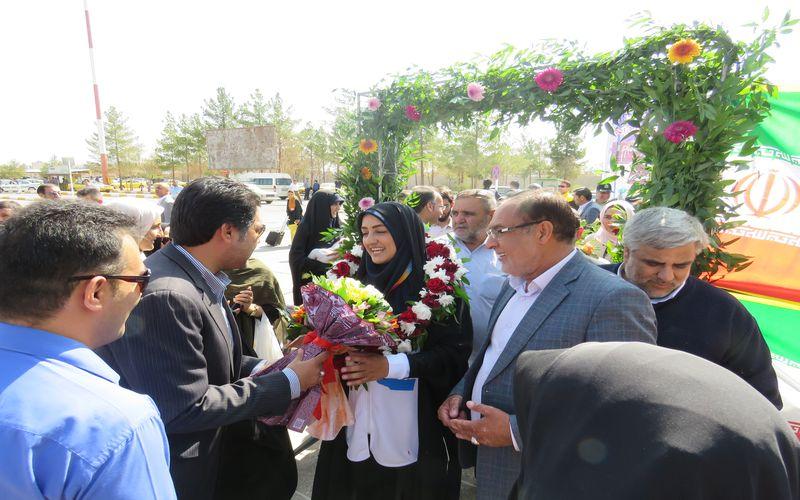 استقبال مقامات باشگاه مس از ورزشکاران کرمانی بازیهای پاراآسیایی جاکارتا(عکس)