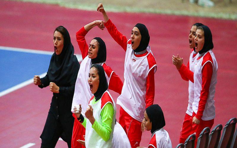 پیروزی و قطعی شدن صعود فوتسال دختران کویر مس به پلیآف