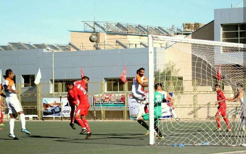 مس نوین بازهم بازی برده را این بار در بوشهر مساوی کرد