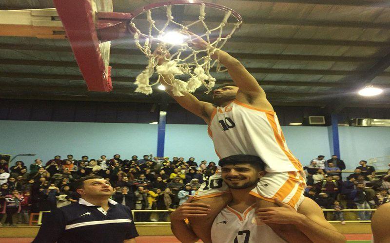 حاشیه های قهرمانی بسکتبال مس/فتح سبد با فریاد هوادار