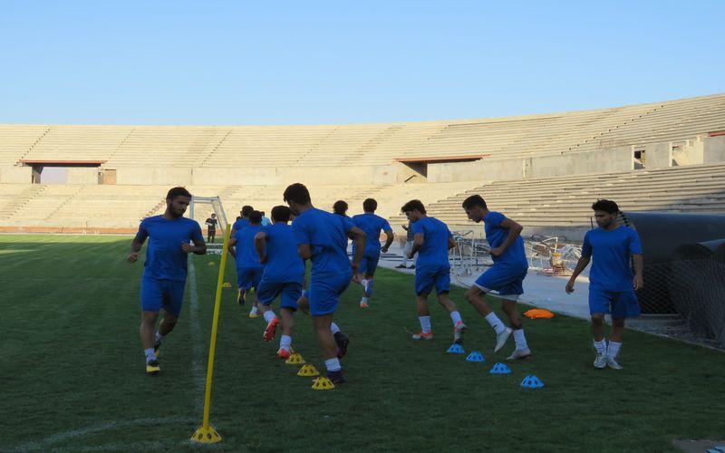 برای بازی با سرخپوشان مسی ها روز پنجشنبه به تهران می روند