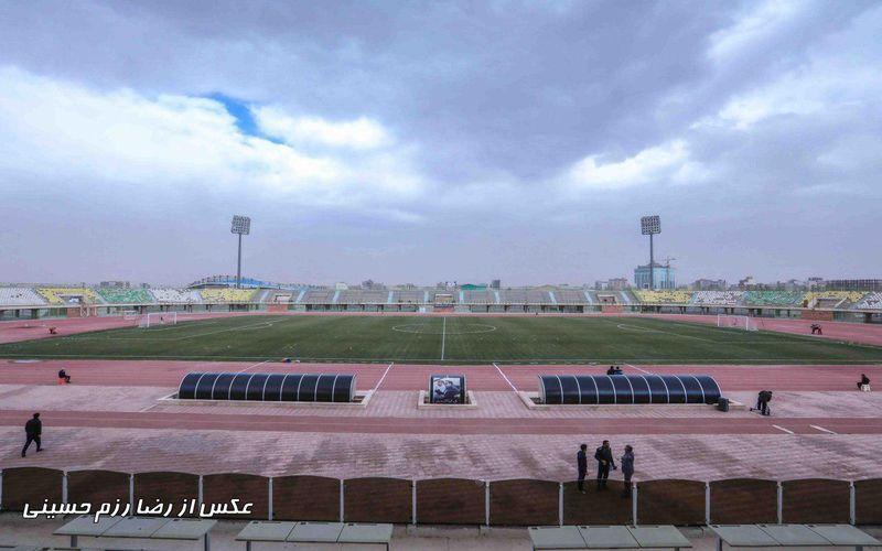 با وجود تداوم بارندگی شدید کرمان،چمن ورزشگاه باهنر مشکلی برای بازی نخواهد داشت