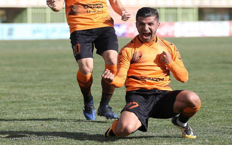 با رای کاربران سایت باشگاه مس؛ محمدرضا پورمحمد بهترین بازیکن فصل مس شد
