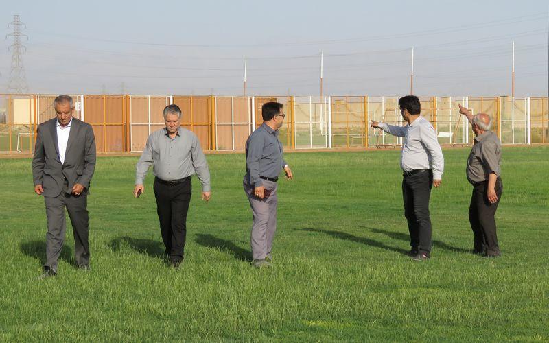 بازدید مدیریت و سرمربی تیم فوتبال مس از امکانات باشگاه(عکس)