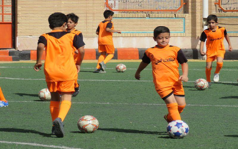 آخرین مهلت برای ثبت نام در ترم تابستانی مدرسه فوتبال باشگاه مس/آغاز دوره از اول تیر ماه