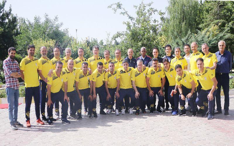 حضور مدیرعامل و سرمربی فوتبال مس در دوره مربیگری حرفه ای(عکس)