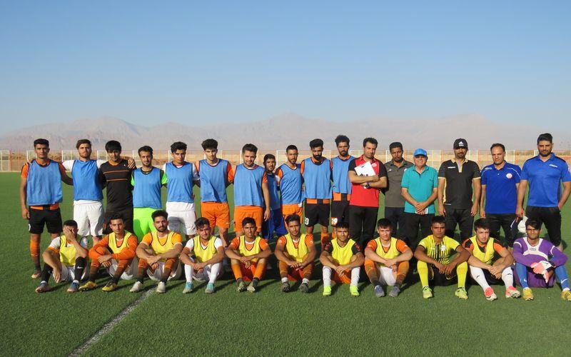 برگزاری روز اول تست گیری برای تیم فوتبال بزرگسالان مس کرمان(عکس)