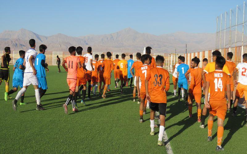 تمرینات تیم های امید و جوانان مس کرمان برای رقابت های لیگ برتر(عکس)