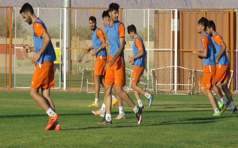 مسی ها امروز راهی اردوی تهران می شوند/ادامه روند آماده سازی لاله های نارنجی(عکس)