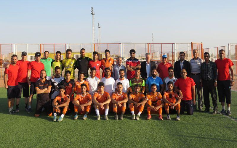 تیم فوتبال مس نوین در راه آمادگی برای لیگ دو(عکس)