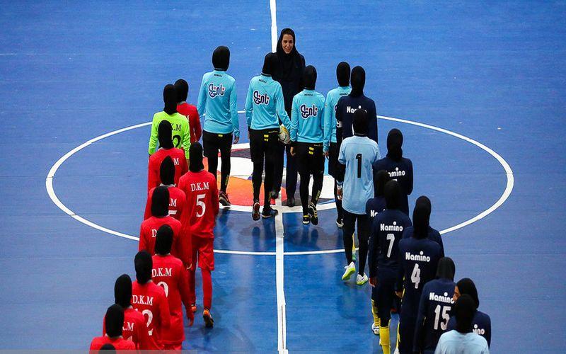 تعویق بازی های دختران کویر مس در لیگ برتر فوتسال