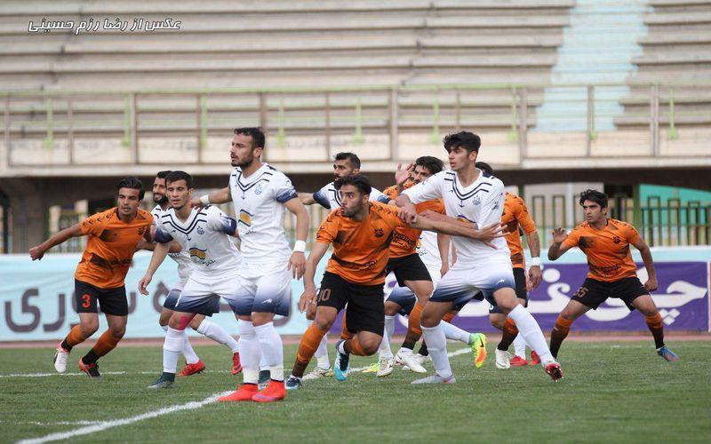 تیمهای مس و ملوان از تیمهای ریشهدار و شناخته شدهی فوتبال کشور در رقابتهای لیگ دسته اول این فصل محسوب میشوند.
