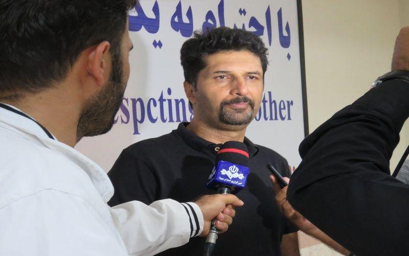 حسینی:این پیروزی تقدیم هواداران/ می بایست بر تصمیمات داور هم غلبه کنیم