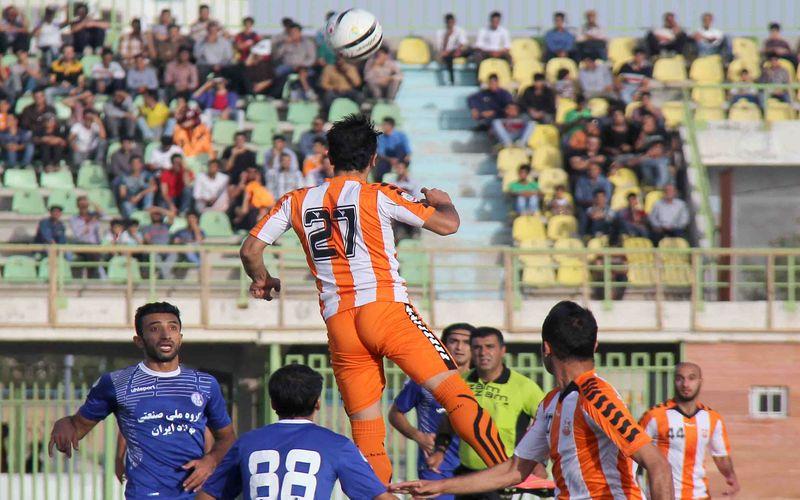 تیم فوتبال استقلال خوزستان در حالی در رقابت های لیگ دسته اول فوتبال کشور در رده های انتهایی این بازی ها قرار دارد، که به واسطه کسب قهرمانی در لیگ برتر همواره از تیم های باشخصیت فوتبال ایران محسوب خواهد شد.