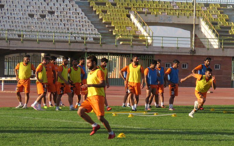 مس با دو غایب به مصاف استقلال خوزستان می رود