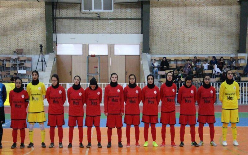 دختران فوتسالیست مس در کرمان دختران اصفهانی را 6 تایی کردند